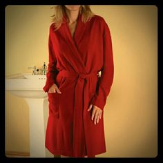 Brand new Hammacher Schlemmer Cashmere Robe  S Brand new without tags,  women's washable cashmere robe from Hammacher Schlemmer in size S. Made of 100% real cashmere. I have two available.  Machine wash cold on delicate cycle.  Lay flat or hang to dry.  Do not tumble dry.  Cool iron if needed. Or dry clean Hammacher Schlemmer  Intimates & Sleepwear Robes