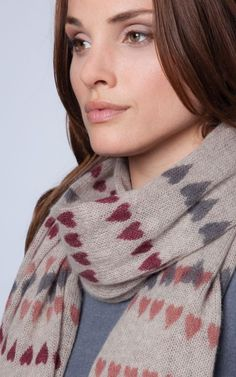 Cashmere scarf with heart print by REPEAT