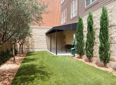 The pet park at AMLI River Oaks, luxury River Oaks apartments in downtown Houston.