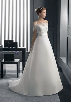 Rosa Clara Wedding Dresses & Bridal Gowns from Felichia Bridal in Toronto Bridal Wedding Dresses, Dream Wedding Dresses, Bridesmaid Dresses, Rosa Clara Wedding Dresses, Sophisticated Bride, Beautiful Gowns, Dream Dress, Bridal Collection, Pretty Dresses