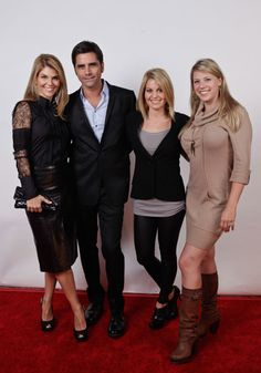Candace Cameron Bure on Jellibug - In case you missed this mini reunion pic - @JohnStamos @JodieTweetin & Lori Loughlin