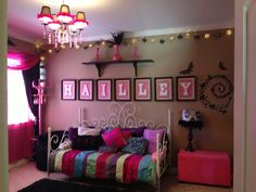 Teen room: pink and black Awesome!!!!