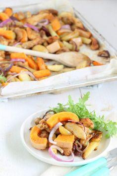Traybake met pompoen en kip. Een makkelijke maaltijd voor de vrijdag.