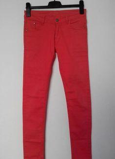 Kupuj mé předměty na #vinted http://www.vinted.cz/damske-obleceni/uzke-kalhoty/11701440-cervene-uzke-kalhoty