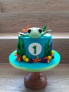 Squirt from Finding Nemo for his first monthly birthday cake