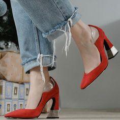 Rosbalet (@rosbalet) • Fotos y vídeos de Instagram Stiletto Heels, Denim, Instagram, Shoes, Fashion, Moda, Zapatos, Shoes Outlet, Fashion Styles