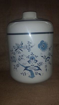***SOLD***$8--Vintage Enamelware Delft Style White with Blue Floral Motiff Cookie Jar Enamel Large Canister by JunkYardBlonde on Etsy