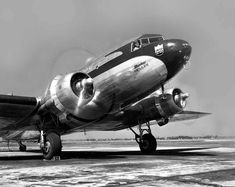 Chicago Municipal Airport - United Air Lines - DC-3 | Flickr