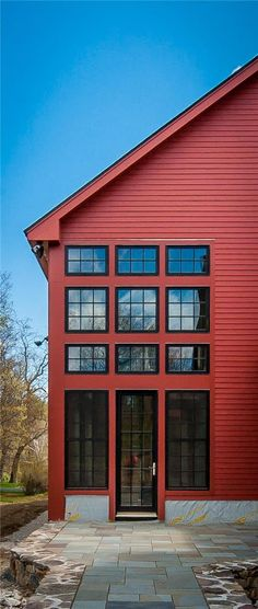 2016 Integrity Red Diamond Achiever Winner: Bancroft. Expansive open views of post and beam architecture, lofted spaces adding visual interest, an upper level bridge (catwalk style) and large and small barn windows create a complete custom design for this New Hampshire home. Integrity® Wood-Ultrex® Casement, Awning and Double Hung Windows were the perfect choice. Integrity offered the color, energy efficiency and architectural fit the homeowners wanted while also working within their budget.