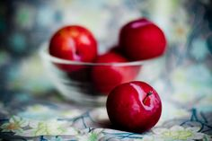 one hundred photos: plums