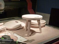 Tabouret pour enfants 'Edie' -https://www.opendesk.cc/edie/edie-stool-  Retrouvez OSMOSE LE BOIS sur https://www.opendesk.cc/makers/osmose-le-bois    Du mobilier pour votre entreprise, votre association ? Un projet pour votre intérieur ?  1- choisissez votre modèle préféré  (https://www.opendesk.cc/designs)  2- envoyez votre demande à Osmose le bois ('Make an enquiry')  3- nous donnons vie à votre commande spéciale !