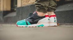 The Diadora x LimitedEditions N9000 Black Castellers launches in 5 minutes in the UK  http://ift.tt/1HFXylU