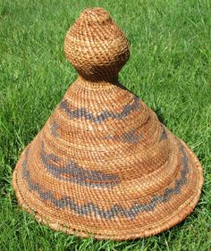 I-Hos Gallery Collection of Traditional Cedar & Basket Weaving by Hereditary Chief Elder Christina Cox. Christina Cox comes from the Nuu-Chah-Nulth First Nation and has been a resident in the Comox Valley, along with her family for many years. Christina has kept up with the tradition of basket weaving and has passed it on to her daughter. Basket Weaving, Hand Weaving, Cox And Cox, Sea Birds, Abalone Shell, Vancouver Island, First Nations, Shells, Colours