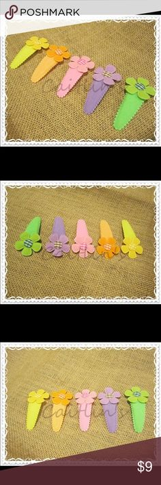 """Handmade Children Snap Hair clips These 2"""" snap clip is covered with felt and embellished with a felt flower. Please note that all of children hair accessories are handmade by myself. handmade Accessories Hair Accessories"""