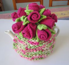 """Justjen-knits&stitches: Rosebuds Tea Cosy  """"Just finished this as a present for Sue. Hope she likes it!"""""""