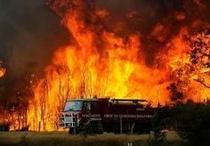 Fires Continue to Burn Through Southern #Australia