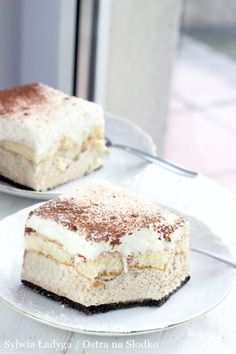 Great ways to make authentic Italian coffee and understand the Italian culture of espresso cappuccino and more! Just Desserts, Delicious Desserts, Yummy Food, Sweet Recipes, Cake Recipes, Dessert Recipes, Low Carb Side Dishes, Polish Recipes, Love Food