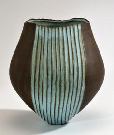 This tulip shaped vessel is a great complement to any space. It's bold natural dark brown clay body is a great accent to the calming blue glaze. Glazed on the inside with the same blue, can hold water if you'd like to use this as a vase. Sogetsu Ikebana, Sculptures Céramiques, Raku Pottery, Clay Vase, Ceramic Techniques, Ceramic Pots, Ceramic Design, Contemporary Ceramics, Pottery Studio
