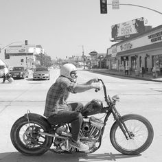Awesome Bike and great pic...
