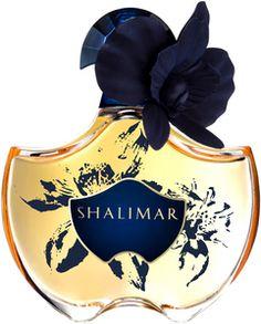 Mitsouko Fleur de Lotus Guerlain perfume - a fragrance for women 2009 Blue Perfume, Perfume Ad, Perfume Bottles, Shalimar Guerlain, Parfum Chic, Miniature Bottles, Beautiful Perfume, Perfume Collection, Beauty Tips