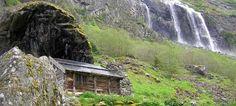 Aurlandsdalen Valley in Norway: bring books, wine and a bathingsuit