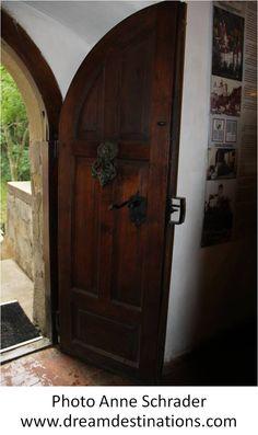 Entrance doorway Bran Castle Romania River Cruises In Europe, European River Cruises, Bran Castle Romania, London Hall, Teaching World Geography, Swiss Guard, Dracula Castle, Ocean Cruise, Hall Of Mirrors