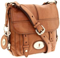 even though i have 2 other fossil bags, i still want this one!!