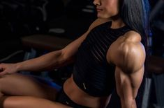 A picture of Luana Caetano - Franciely Petersen. This site is a community effort to recognize the hard work of female athletes, fitness models, and bodybuilders. Anyone is welcome to contribute. Pictures Of Anna, Back And Biceps, Lift And Carry, Female Athletes, Fitness Models, Female Fitness, Glutes, Bellisima, Physique