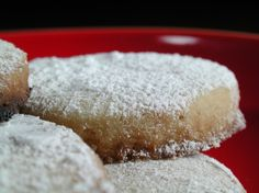 A delicate cookie from the Catalunya and Baleares Region of Spain.  From Penelope Casas book Delicioso!  She recommends using lard for authenticity and best flavor.