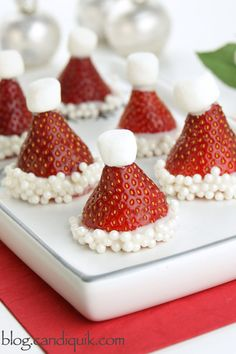 Strawberry Santa Hats - @candiquik