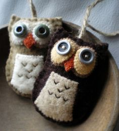 felt owls #owls #fabric #crafts | http://greeting-cards-46.blogspot.com