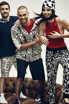 Kendall Jenner wearing  Baja East Leopard Cashmere Beanie