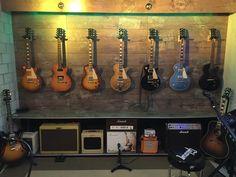 New Music Room Loft Recording Studio Ideas Guitar Storage, Guitar Display, Home Music Rooms, Music Studio Room, Guitar Wall, Guitar Room, Home Recording Studio Setup, Music Decor, Game Room