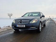 [Mercedes C250 CGI BlueEfficiency] Mit dem C250 CGI hat Mercedes einen neuen Benzinmotor mit Direkteinspritzung im Programm. In unserem Test zeigt er, dass es nicht immer Diesel sein muss. #mercedes #cklasse Mercedes C250, Mercedes Smart, Cgi, Motor Car, Diesel, Vehicles, Blue, Diesel Fuel, Car