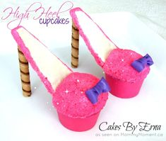 These High Heel Cupcakes are a shoe-in dessert for your next girls get-together (@ Mommy Moment) High Heel Cupcakes, Shoe Cupcakes, Cupcakes For Boys, Girl Cupcakes, Cupcake Cakes, Stiletto Cupcakes, Disney Cupcakes, Ladybug Cupcakes, Kitty Cupcakes