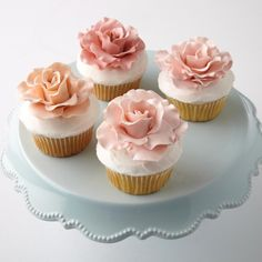 How to Make Rose Cupcakes #Cupcakes #Valentines