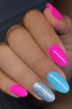 39 Summer Nails that you need to try. The hottest trends and colors for nails in 2019 including fluo nails, rainbow, classy, bright ombre and simple pretty styles nails too. nails 39 Gorgeous Summer Nails You Need to Try - Chaylor & Mads Bright Summer Acrylic Nails, Cute Acrylic Nails, Summer Nail Colors, Bright Gel Nails, Bright Colored Nails, Pink Summer Nails, Pretty Nails For Summer, Bright Nail Art, Neon Nail Art