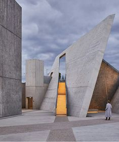 First photos of Daniel Libeskinds newly opened National Holocaust Monument. Full article on Archinects website (link in bio). - Architecture and Home Decor - Bedroom - Bathroom - Kitchen And Living Room Interior Design Decorating Ideas - Memorial Architecture, Dynamic Architecture, Monumental Architecture, Concrete Architecture, Architecture Magazines, Contemporary Architecture, Amazing Architecture, Interior Architecture, Chinese Architecture