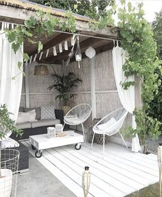 The wooden pergola is a good solution to add beauty to your garden. If you are not ready to spend thousands of dollars for building a cozy pergola then you may devise new strategies of trying out something different so that you can re Outdoor Rooms, Outdoor Gardens, Outdoor Living, Outdoor Decor, Outdoor Seating, Indoor Outdoor, Cafe Seating, Outdoor Cafe, Outdoor Pergola