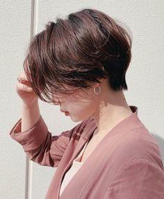 Pin on ショートヘア ( Short Hairstyles ) Pin on ショートヘア ( Short Hairstyles ) Short Hair Tomboy, Tomboy Haircut, Tomboy Hairstyles, Girl Short Hair, Pixie Hairstyles, Pretty Hairstyles, Short Hair Cuts, Asian Short Hairstyles, Shot Hair Styles