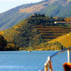 Existem muitas versões sobre a origem do nome do Rio Douro. Nós também temos a nossa ⛵⚓  #douro #douroavela #dourovalley #visitportugal #dourovalley #traveler #sailing #entremargens Great Places To Travel, Douro Valley, Portugal, Relax, Water, Outdoor, Porto, Lugares, Water Water