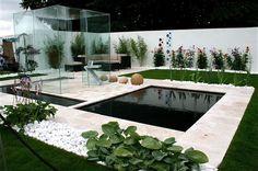 15 Amazing Minimalist Garden Ideas