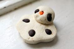 LUSH Melting Snowman Bath Melt *ONCE UPON A CREAM Vegan Beauty Blog*