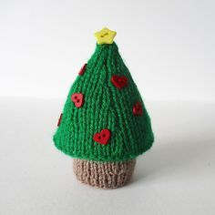 CHRISTMAS TREE KNITTING PATTERNS