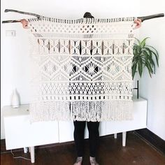 """MODERN MACRAME en Instagram: """"We ?? this piece from @natalie_ranae! Such beautiful work! Tag your photos with #modernmacrame to share your projects with us!"""""""