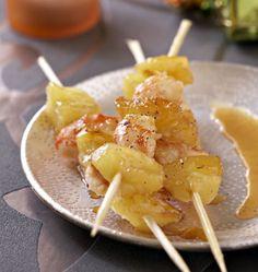 Brochettes de gambas et ananas, la recette d'Ôdélices : retrouvez les ingrédients, la préparation, des recettes similaires et des photos qui donnent envie !