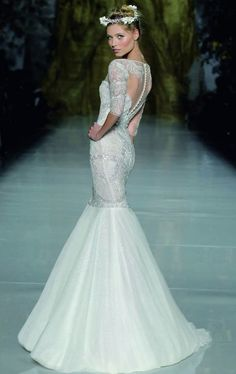 Sheath Wedding Dress : Pronovias Wedding Dresses 2014: An Enchantingly Diverse Collection