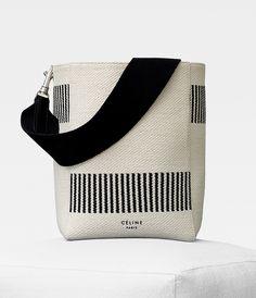 Вещь дня: холщовая сумка Céline