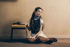 SÉRIE MODE : ABBAYE Photos : Karel Balas Style : Isis-Colombe Combréas Assistante photographe : Claire Israël Photos réalisées à l'abbaye de Fontevraud ☞ Plus de contenu et de photos dans le MilK 47