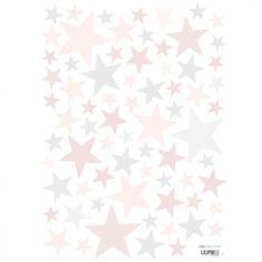 Le sticker A3 My SuperStar sweet pink by Sophie Cordier pour Lilipinso aux tonalités douces apporte un décor plein de tendresses dans une chambre d'enfant.